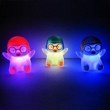 TTAYuan Penguin Rotocast changeant de couleur Night Light (couleur aléatoire)