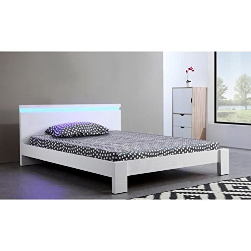 lit adulte blanc free lit adulte design en pu blanc lut ce lit chevet adulte lit ch lit adulte. Black Bedroom Furniture Sets. Home Design Ideas