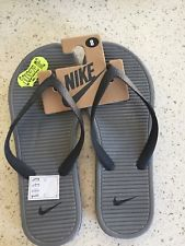 A brand new pair of mens NIKE